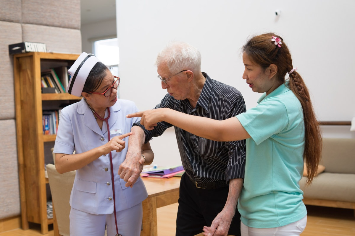 Care and nursing for elderly people